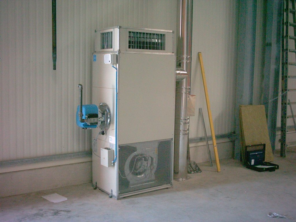 vertical oil fired air heater