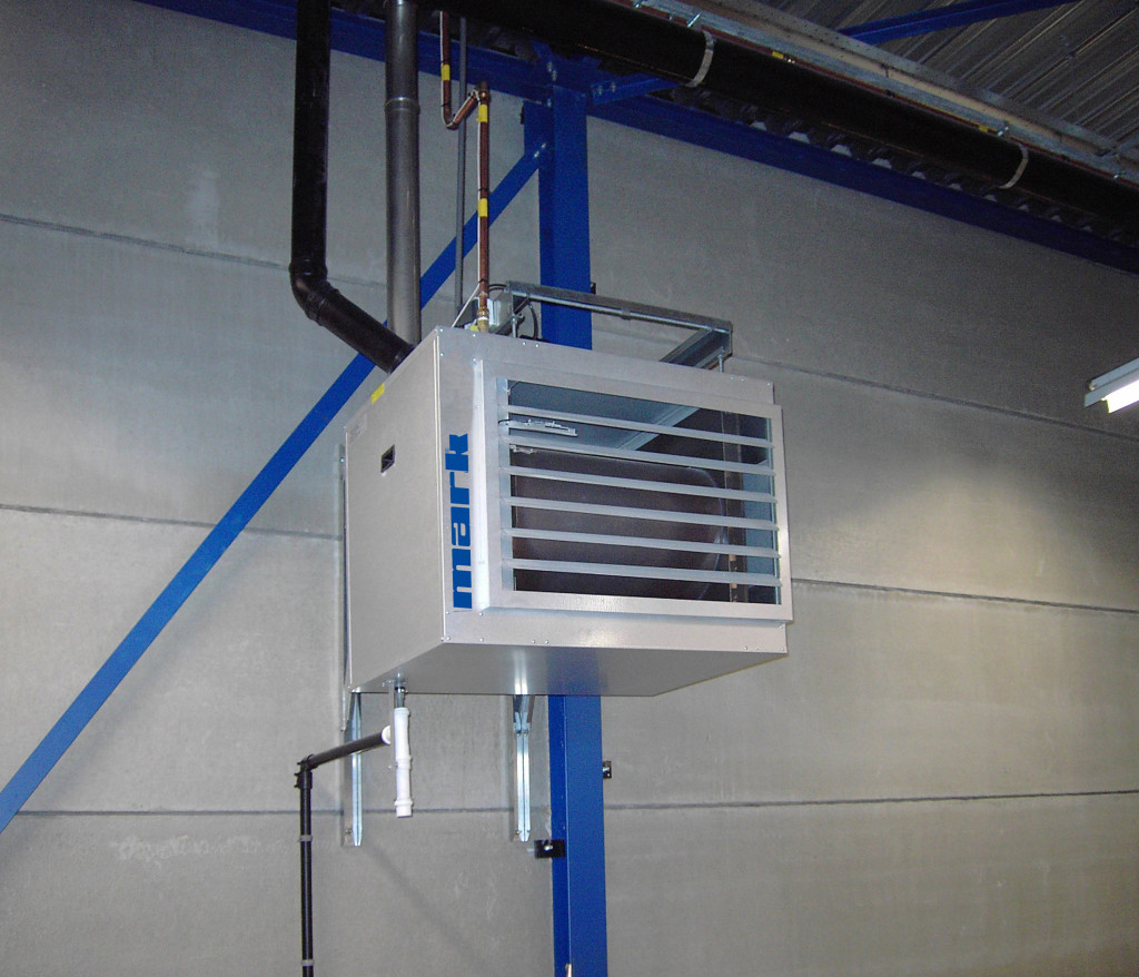 Gas-fired air heater